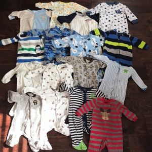 💚16 sets of newborn boy's footies!!! 💚